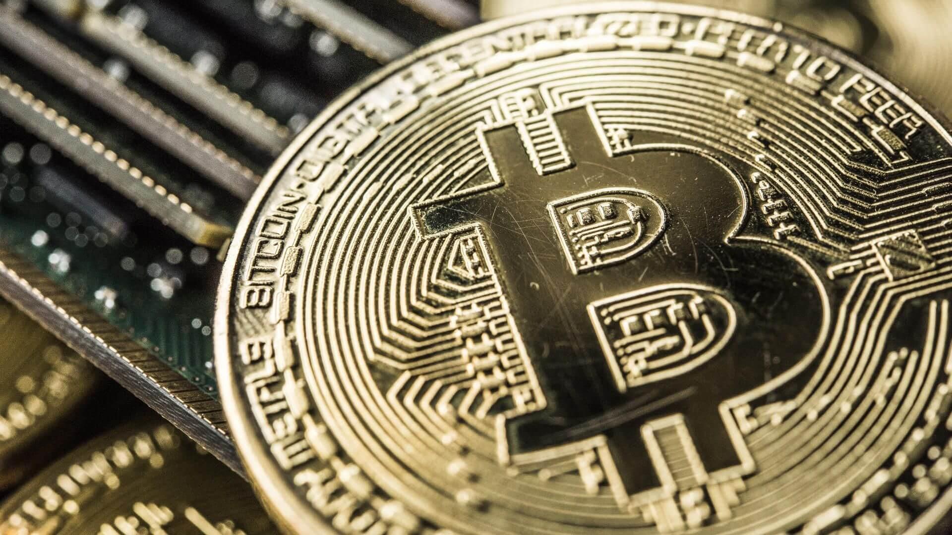 El precio de Bitcoin Reacciona a los Mercados por Noticia sobre la Vacuna